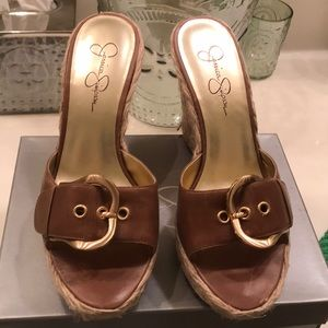 🌸Jessica Simpson brown leather with buckle wedges